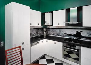 Кухня с газовой колонкой в хрущовке