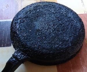 Как избавится от нагара на сковороде в домашних условиях 89