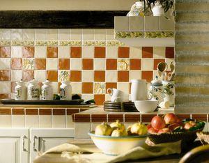 отделать стены на кухне