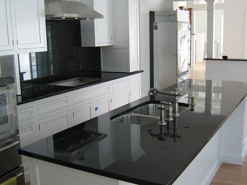 Столешница белая в черную крапинку столешница из стали для кухни