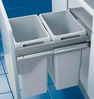 Система сортировки мусора на кухне - выдвижное ведро с отделениями