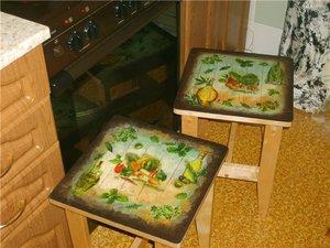 Пошаговое описание декупажа кухонных стульев